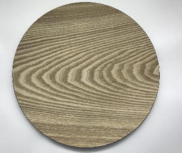 Table ronde pieds en bois, D.45cm