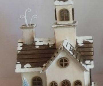 église lumineuse en bois...