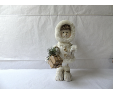 Figurine d'une fillette